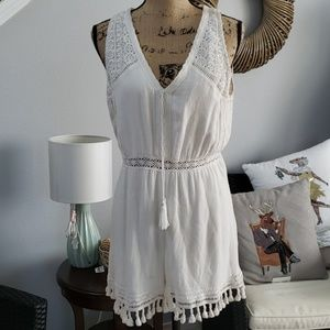 Alice + Olivia by stacey Bendet lace romper 8 nwt